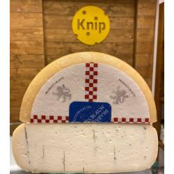 Kozí syr s modrou plesňou